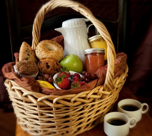 Breakfast Hampers at Beuno's Hut